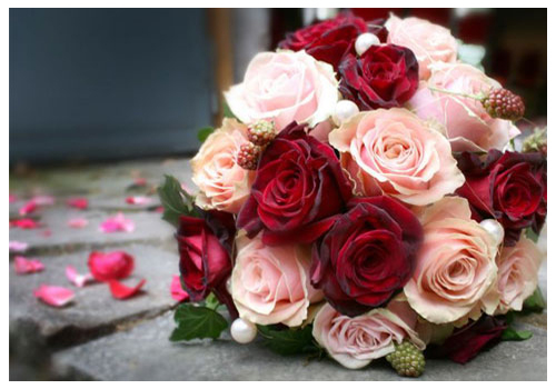 http://www.jwfloraldesign.com/misc_013.jpg